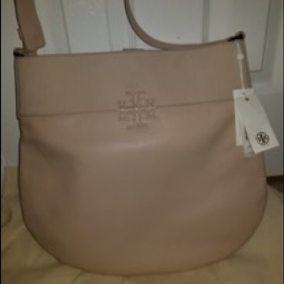 b325bd99eef3 Nwt Tory burch stacked t large hobo